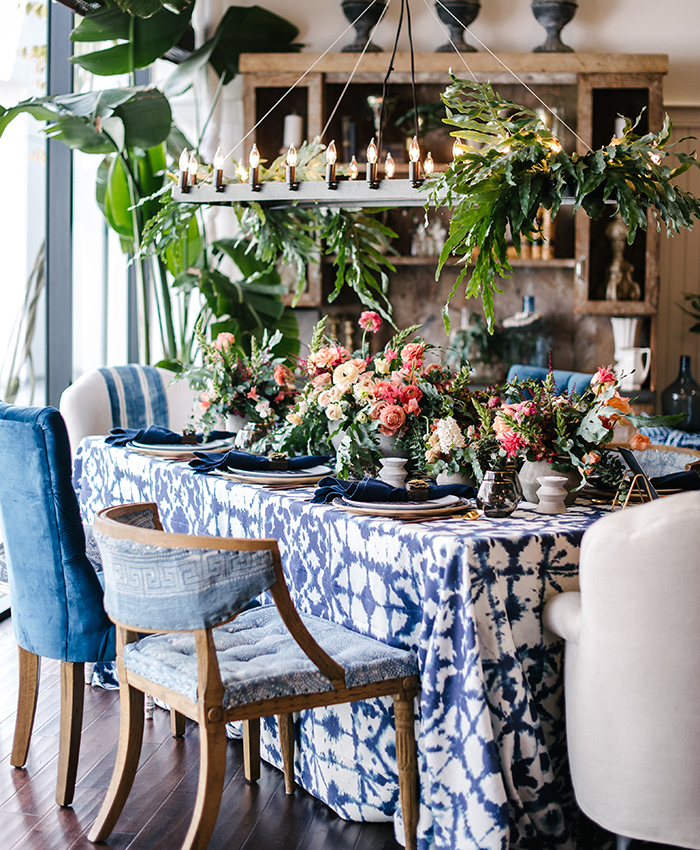 blue ikat table linens la tavola