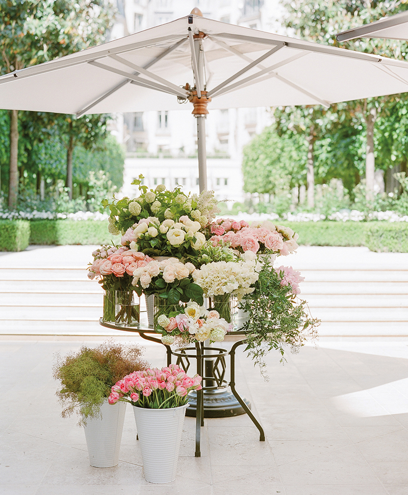 Flutter Magazine - Ritz Paris floral design workshop in the grand jardin terrace