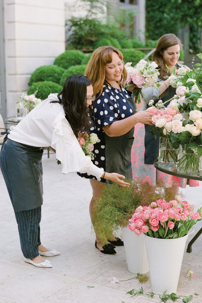 Flutter Magazine - floral design class at Ritz Paris with Anne Vitchen