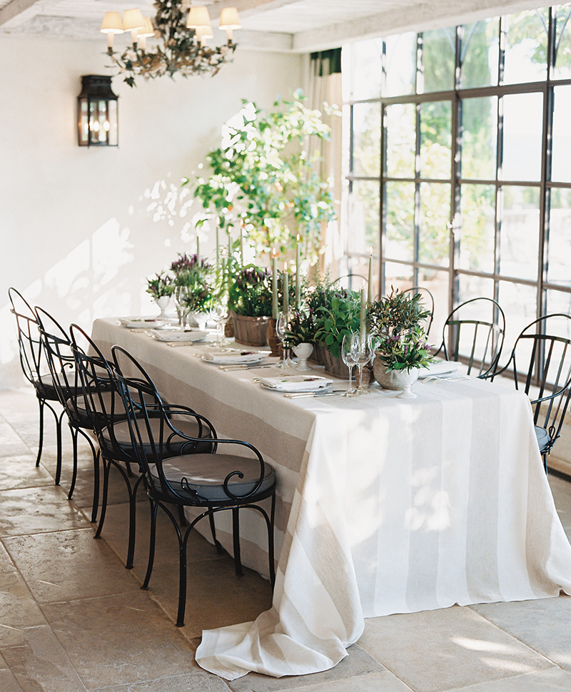 Flutter Magazine Bastide de Gordes Garden Dinner Party