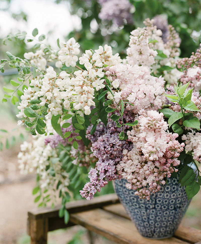Flutter Magazine Lilac Flower Arrangement