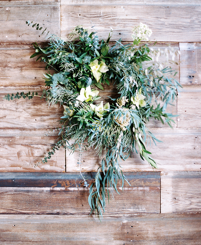 DIY Foraged Wreath with katie chirgotis 11